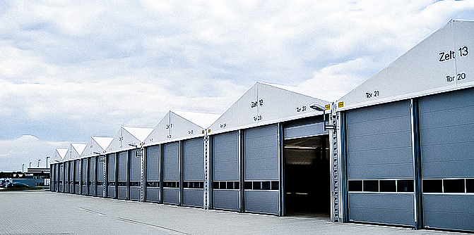 Multi-bay temporary warehouse